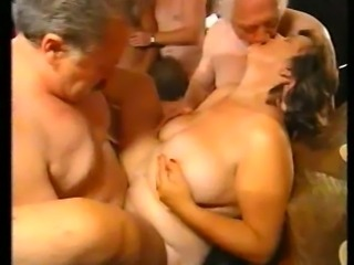 Mature housewife orgy xhamster